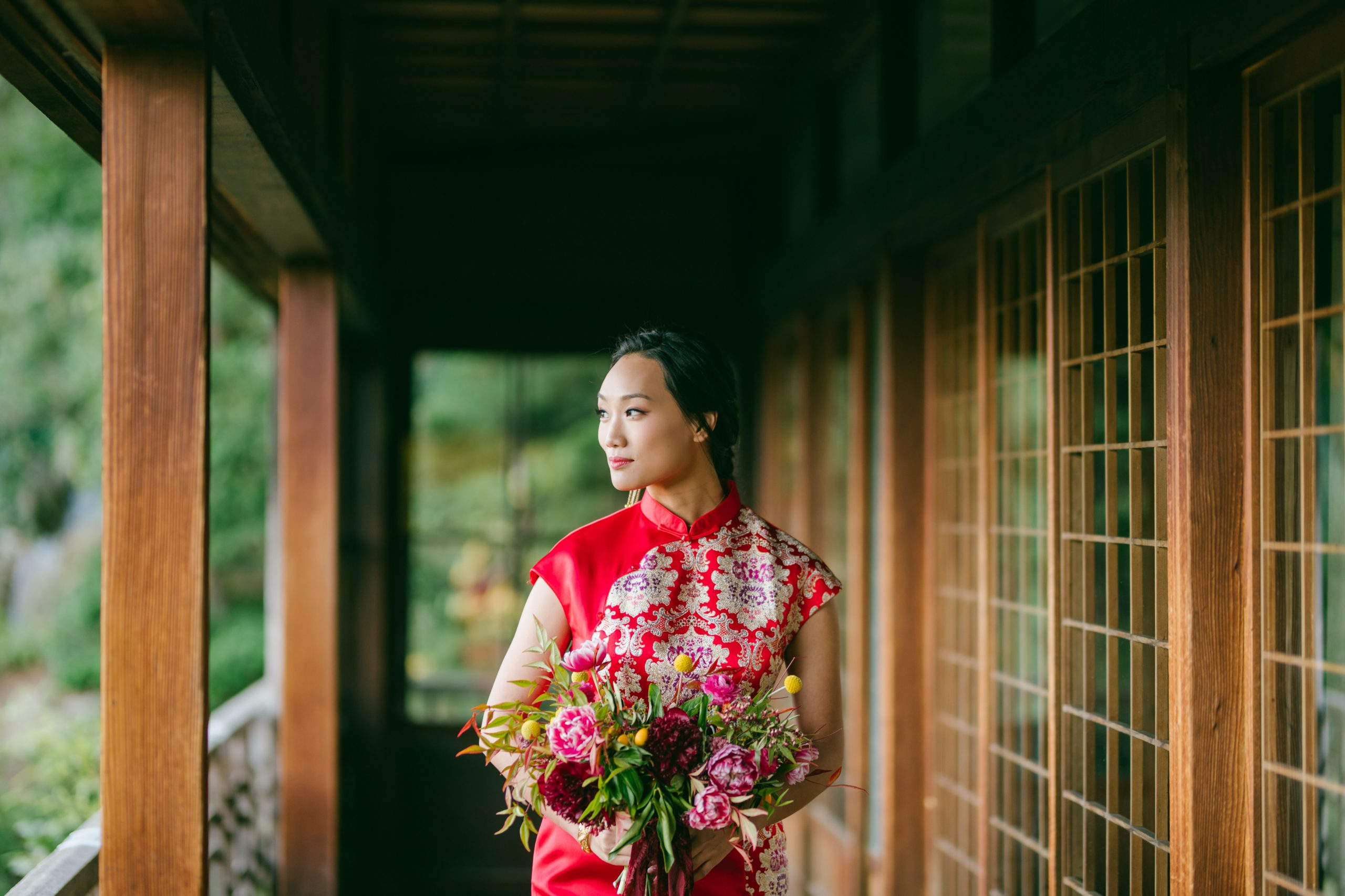 chinese wedding traditions red wedding dress bride
